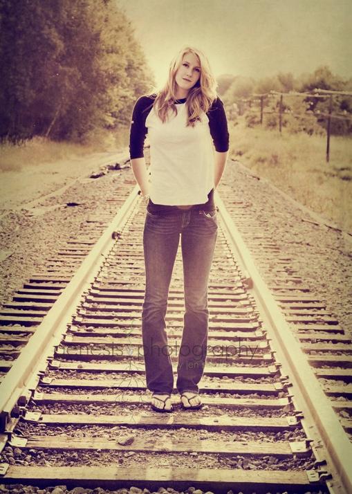 Kate-Hansen-4189-2bulfadwintextx2